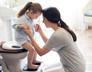 Как собрать кал для анализа у детей